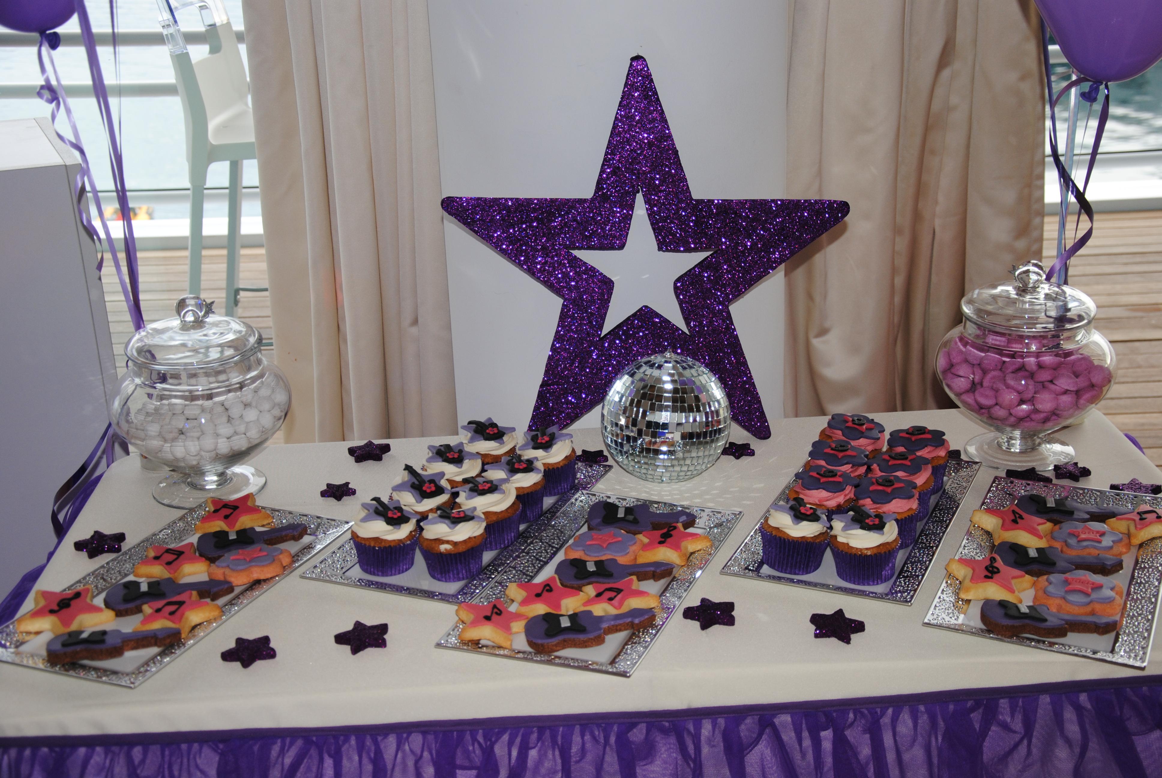 Violetta disco party