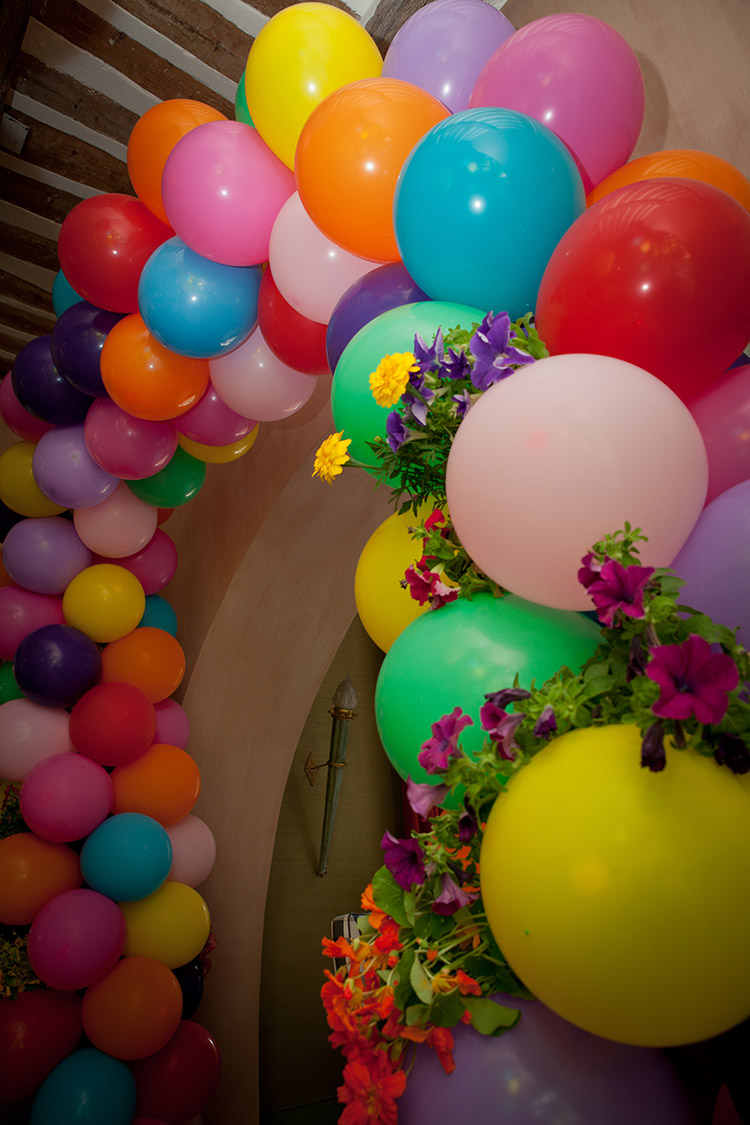 BALLOONS AND FLOWERS FOR KIDS BIRTHDAY PARTIES
